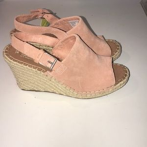 3279c41ddcc Toms Shoes - 💕NWT TOMS Monica Wedges in Bloom Pink💕